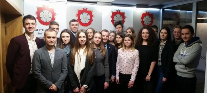 Alytaus liberalaus jaunimo susitikimas savivaldybėje