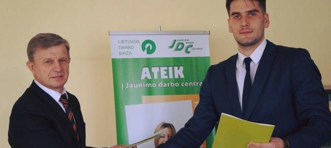 """Pasirašytas bendradarbiavimo susitarimas su Alytaus """"Dzūkijos"""" krepšinio klubu"""
