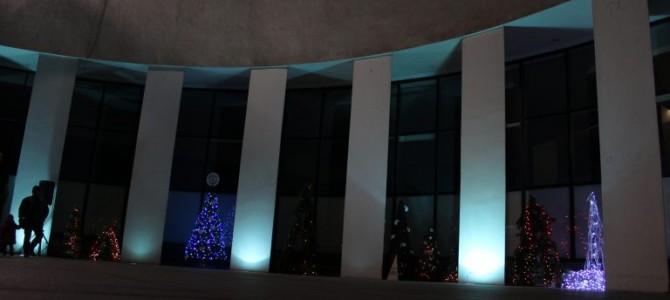 """Radijo stotis """"FM99"""" vėl kviečia kurti """"Kalėdinių eglučių parką"""""""