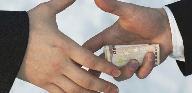 Baudos už korupciją ir kitus nusikaltimus didinamos dešimteriopai