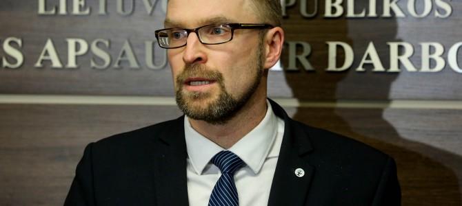 """Ministras L. Kukuraitis: """"Pensijos didės jau spalį"""""""