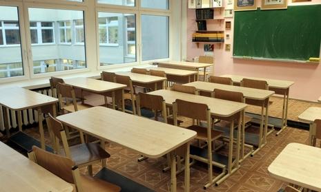 Serganti švietimo sistema atsisako gydytis
