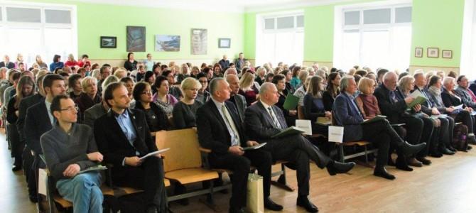 """Gimnazijoje – konferencija """"Adolfas Ramanauskas-Vanagas ir pokario rezistencija: istorinis, politinis ir moralinis palikimas"""""""