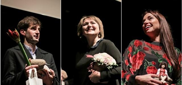 """Minint Tarptautinę teatro dieną Alytuje išdalinti """"Teatrakmeniai"""""""