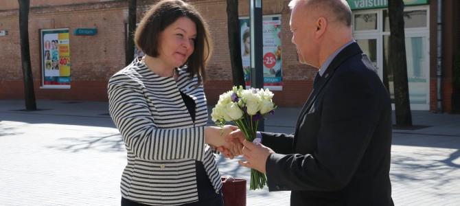 Estijos ambasadorės vizito Alytuje metu dėmesys verslo įmonėms