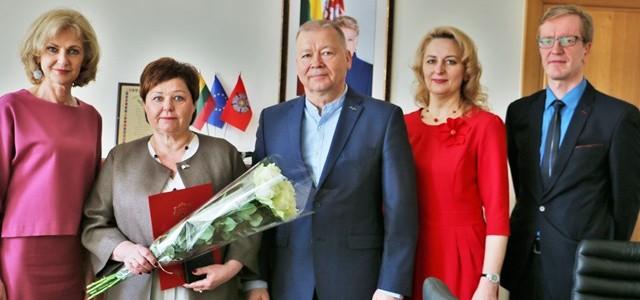 """Lopšelio-darželio """"Linelis"""" direktorė R. Vitkauskienė: """"Naujam vadovui linkiu būti žmogumi ir visą dėmesį skirti vaikams"""""""