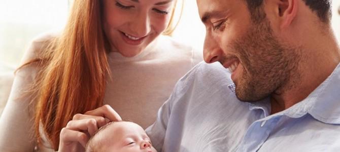 Gera žinia tėvams: dirbdami pirmaisiais vaiko auginimo metais galėtų gauti ne mažesnę nei 50 proc. išmoką