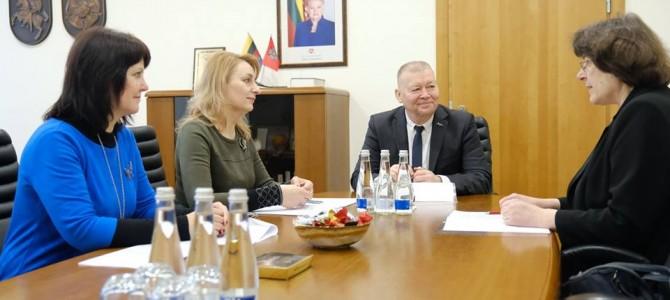 Meras susitinka su švietimo įstaigų vadovais