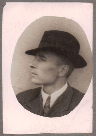 Juozas Karpavičius jaunystėje. Iš Alytaus kraštotyros muziejaus rinkinių