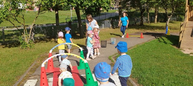 Biuras vasaros metu skatino vaikus laiką leisti aktyviai
