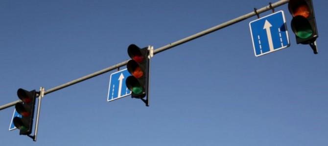 Nuo lapkričio 1 d. – nauji šviesoforų signalų deriniai, žiemos sezono metu mažėja leistinas greitis