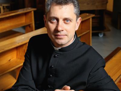 """Į knygą savo išgyvenimus sudėjęs kunigas Ričardas Doveika: """"Pašaukimas nėra vagis"""""""
