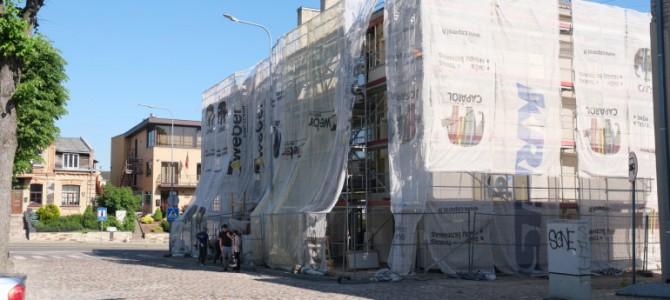 Dėl pakilusių statybinių medžiagų kainų stringa daugiabučių namų renovacija