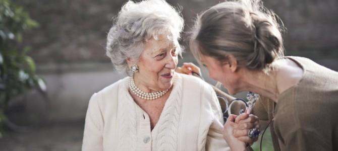 """Alzheimerio ligos mėnesiui paminėti – renginių programa """"Kalbėkime apie demenciją"""""""