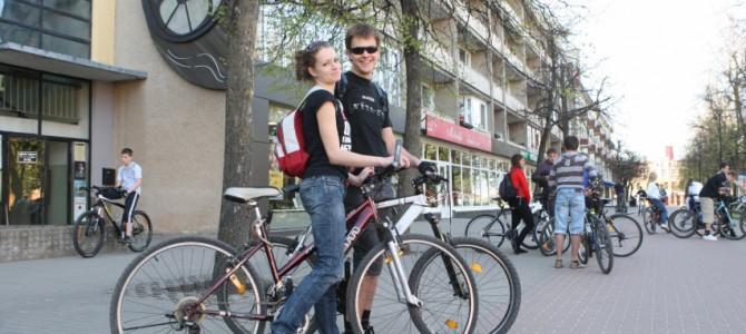 Komunikacijos kampanija sieks, kad kelionės autobusu, traukiniu, dviračiu taptų socialine norma